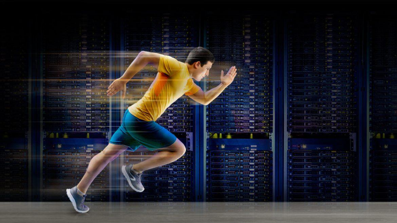 Discos SSD NVMe, máxima velocidad y rendimiento | dinahosting