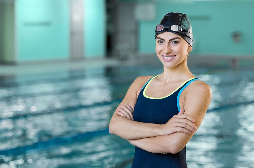 Fotografía de mujer con bañador deportivo